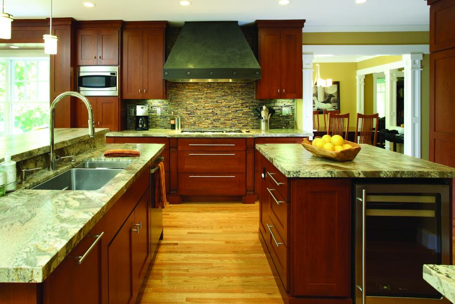 Transitional Stained, Shaker Style Kitchen with Beautiful Granite Countertops and Stainless Steel Appliances