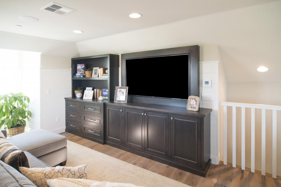 Maple Transitional Entertainment Center with a Beautiful Black Flat Screen TV and Silver Knobs - Pulls