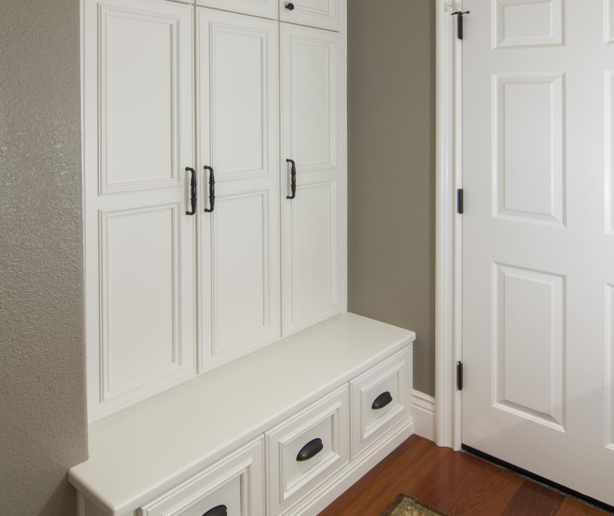 Beautiful Transitional Built-In with a Bench Seat and Dark Knobs - Pulls