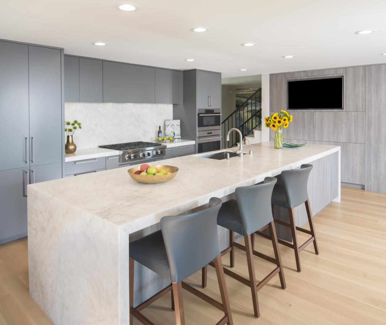 Beautiful two toned contemporary kitchen with Stainless Steel Appliances