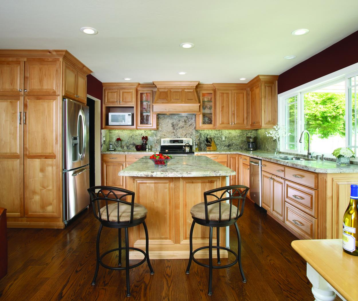 Beautiful Kitchen Built in Alder with Beautiful Granite Counter Tops, Glass Doors and Stainless Steel Appliances